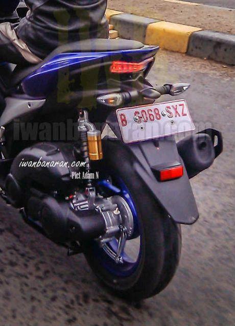 Lo anh Yamaha NVX 150 khong nguy trang chay thu - Anh 3