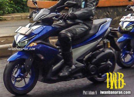 Lo anh Yamaha NVX 150 khong nguy trang chay thu - Anh 7