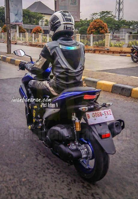 Lo anh Yamaha NVX 150 khong nguy trang chay thu - Anh 8