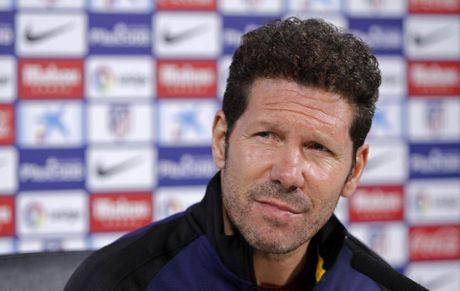 'Cuoc dua La Liga mo rong cho 4 doi' - Anh 1