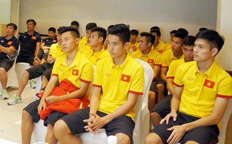 Tin bong da moi nhat 23/10: AFC xin loi U19 VN; Xuan Truong da chinh - Anh 1