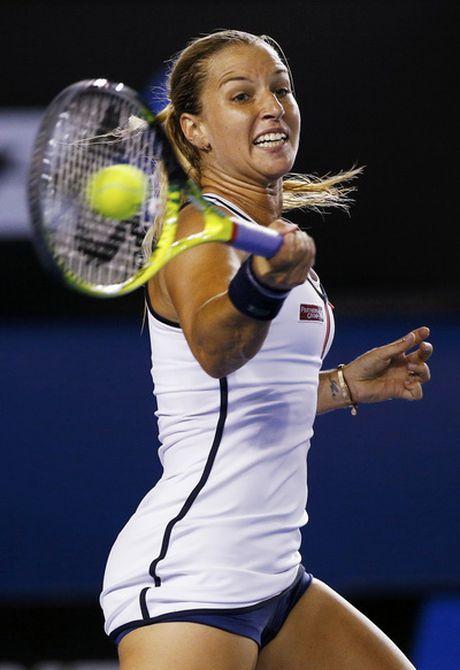 Cuoc chien khoc liet o hai bang dau WTA Finals - Anh 3