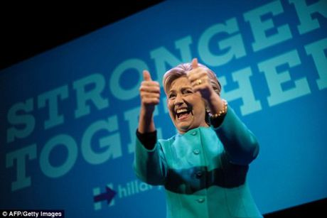 Dat cuoc ba Clinton thang cu, nguoi choi linh truoc ca trieu USD - Anh 1