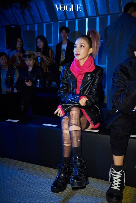 12 bo canh dep nhat cua my nhan Han o Seoul Fashion Week - Anh 6
