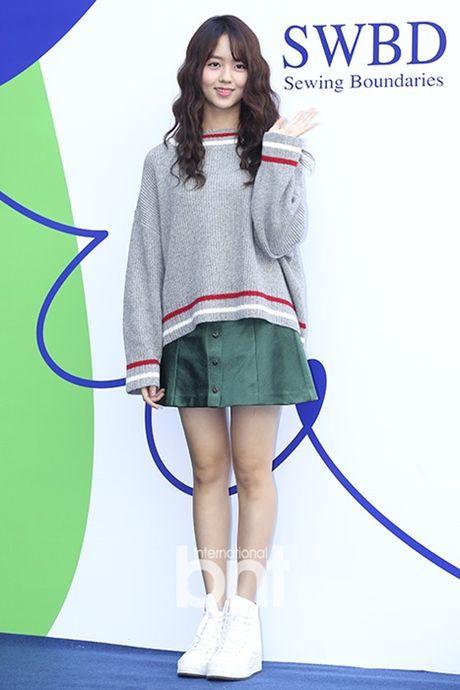 12 bo canh dep nhat cua my nhan Han o Seoul Fashion Week - Anh 7