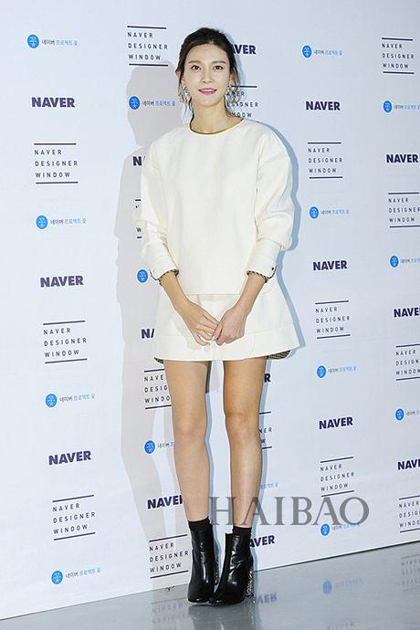 12 bo canh dep nhat cua my nhan Han o Seoul Fashion Week - Anh 8