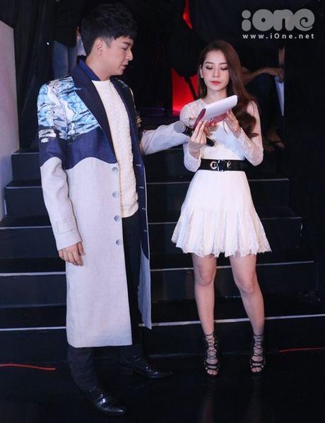 Chung Huyen Thanh - Khanh Ngan quan quyt nhu chi em - Anh 7