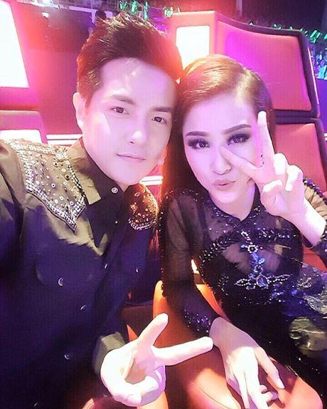 Sao Viet 23/10: Toc Tien nguc day sexy, Ho Quang Hieu muon 'danh lon' voi ban gai - Anh 2