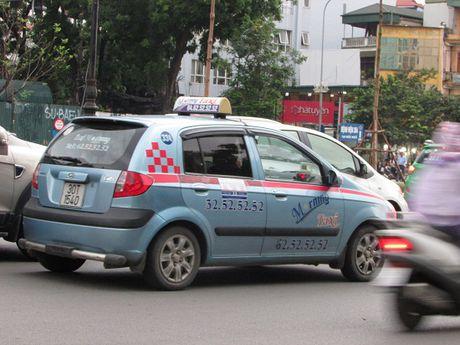 Xung quanh van de taxi ngoai tinh: Can thao go nhung kho khan cho doanh nghiep - Anh 2