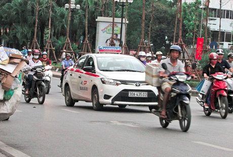 Xung quanh van de taxi ngoai tinh: Can thao go nhung kho khan cho doanh nghiep - Anh 3