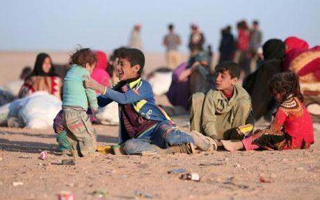 IS tham sat gan 300 dan ong tung lam 'la chan song' o Mosul - Anh 1