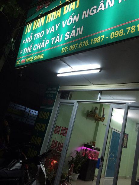 Thong tin moi vu no sung tren duong Nhue Giang, Ha Dong - Anh 1