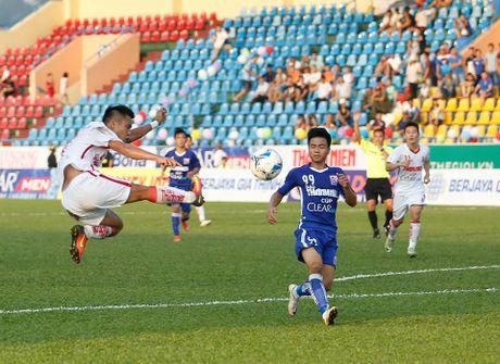 Dan em cua Cong Phuong, Tuan Anh bi chia diem ngay khai man giai U21 - Anh 1