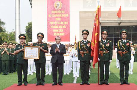 Hoc vien Chinh tri quan doi nhan Huan chuong Quan cong hang nhat - Anh 4