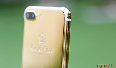 'Bong tay' cam iPhone 7 Plus vang 24K gia 180 trieu tai Viet Nam - Anh 9