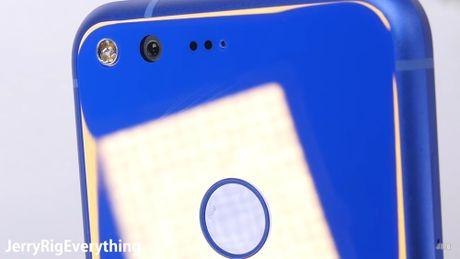 Thu do ben Google Pixel: Suc chiu dung tren trung binh - Anh 3