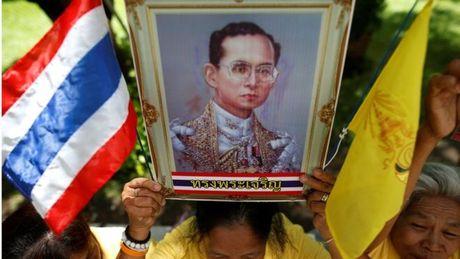 "Google xoa cac noi dung ""xuc pham Hoang gia Thai"" - Anh 1"