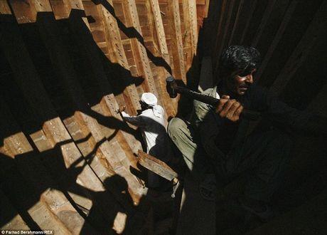 Mat toi dang sau su hao nhoang cua Dubai - Anh 7