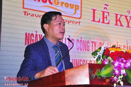Phucgroup don nhan bang khen cua Hiep hoi du lich VIet Nam - Anh 1
