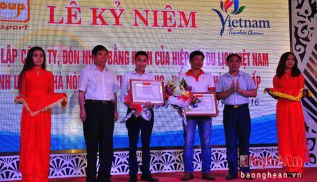 Phucgroup don nhan bang khen cua Hiep hoi du lich VIet Nam - Anh 3