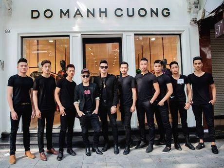 Do Manh Cuong tiep tuc chieu mo chan dai tai Ha Noi cho show dien thu dong 2016 - Anh 4