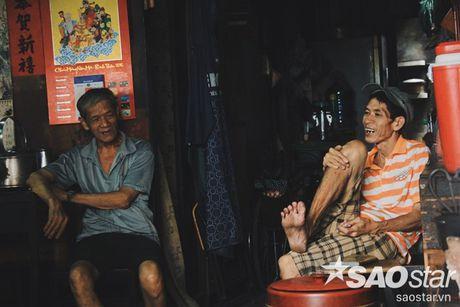 Nguoi dan ong luu giu ky uc o quan ca phe vot cuoi cung trong khu Cho Lon - Anh 12