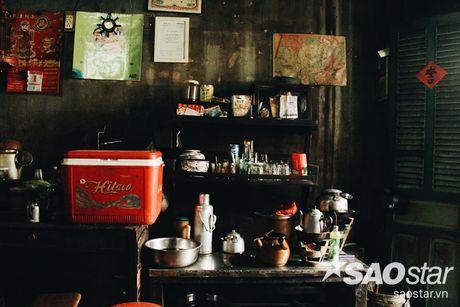 Nguoi dan ong luu giu ky uc o quan ca phe vot cuoi cung trong khu Cho Lon - Anh 2