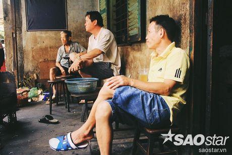 Nguoi dan ong luu giu ky uc o quan ca phe vot cuoi cung trong khu Cho Lon - Anh 7