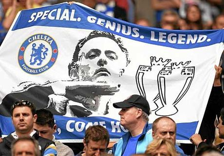 Dai chien Chelsea – M.U: Mourinho va ngay ve Stamford Bridge - Anh 2
