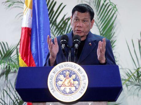 Ong Duterte khang dinh khong cat quan he voi My - Anh 1