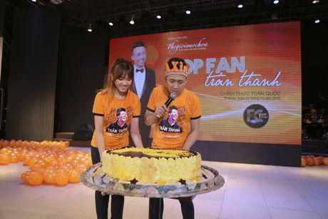 Tran Thanh: 'Cam on va xin loi Hari vi da yeu anh' - Anh 3