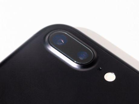 8 tin don ve Galaxy S8, mot trong cac smartphone 'nong' nhat nam 2017 - Anh 3