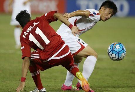 U-19 Viet Nam gap nhieu bat loi khi doi dau voi Bahrain - Anh 3
