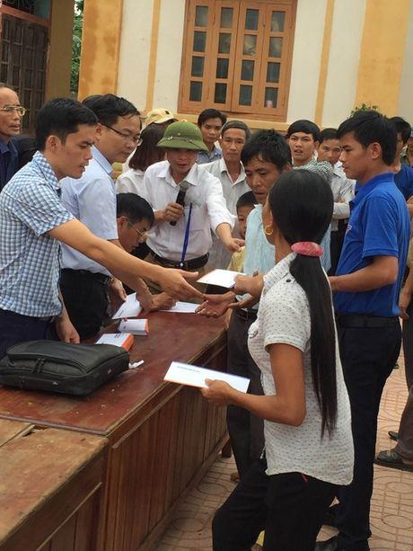 LienVietPostBank ho tro nhan dan vung lu Ha Tinh 600 trieu dong - Anh 1