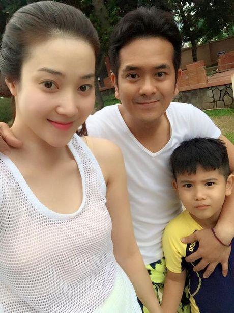 Hung Thuan phu nhan co ban gai moi sau khi ly hon vo cu - Anh 3