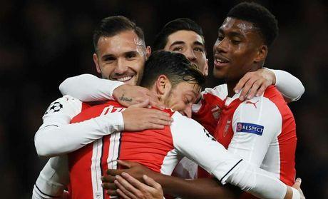 Nhung khoanh khac dep nhat cua Ozil tai Arsenal - Anh 8