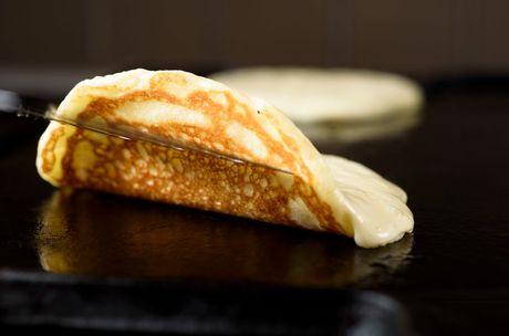 Cach lam banh pancake thom ngon - Anh 1