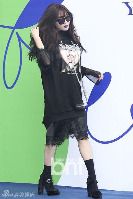 Sao Han chuong phong cach ca tinh o Seoul Fashion Week - Anh 3