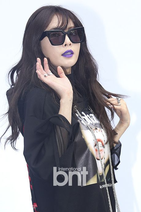Sao Han chuong phong cach ca tinh o Seoul Fashion Week - Anh 4