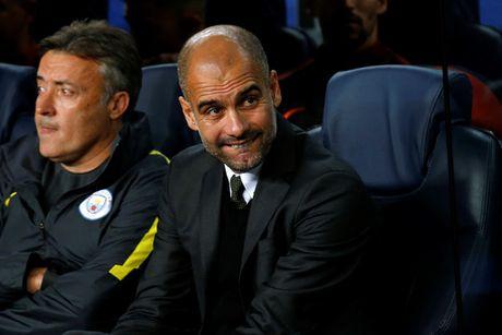 Man City vs Southampton (0-0, H1): Kompany da chinh - Anh 12