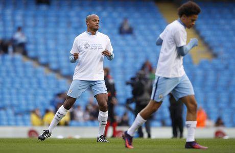 Man City vs Southampton (0-0, H1): Kompany da chinh - Anh 4
