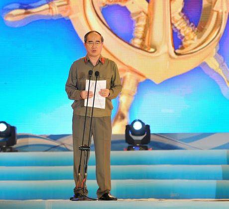 Duong Ho Chi Minh tren bien: Huyen thoai vuot gioi han con nguoi - Anh 1