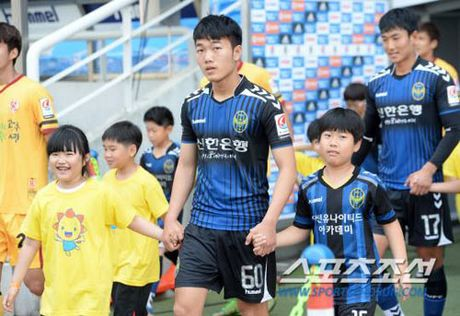 Xuan Truong toa sang, Incheon thang chung ket nguoc - Anh 1