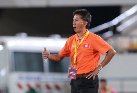 U19 Viet Nam gui 'chien thu' toi Bahrain, quyet lay ve World Cup - Anh 1
