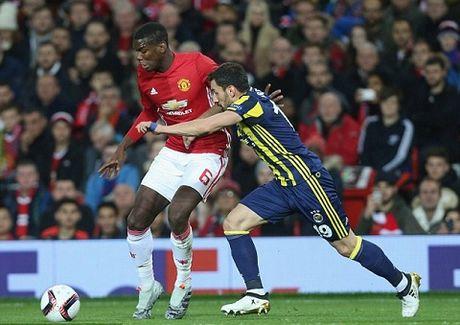 Man United: Pogba phai toa sang o tran lon moi dang tien - Anh 3