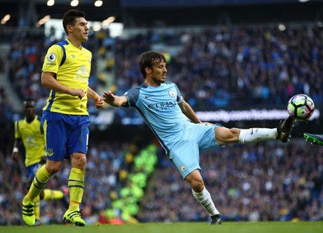 David Silva cung nam trong 'danh sach den' cua Pep Guardiola - Anh 1