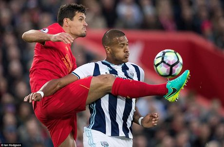 Chum anh: Thang West Brom 2-1, Liverpool dung nhi Premier League - Anh 4