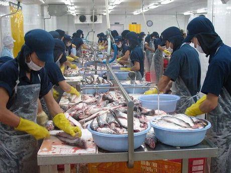 Dieu chinh lai suat se tao da cho tang truong kinh te nam 2017 - Anh 2