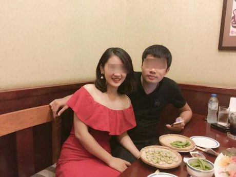Hai phu nu khoe anh chung chong: Loi dang nguoi vo that - Anh 1