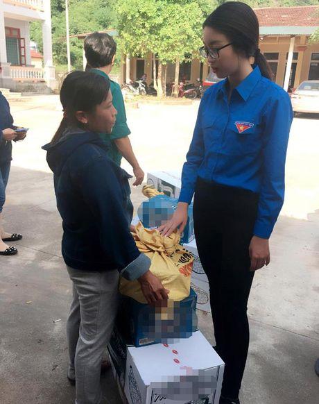 HH My Linh, A hau Thanh Tu gian di tiep suc mien lu - Anh 4